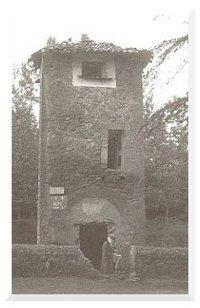 ancienne tour de Latoue